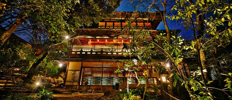 京都のプロポーズスポットでおすすめの高台寺極ーKIWAMI-