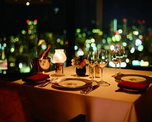 神戸でオススメのプロポーズスポットといえばホテルオークラ神戸レストランエメラルド