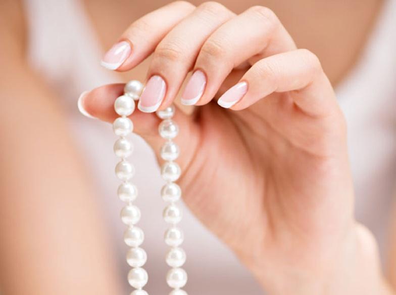【京都・四条烏丸】大人の女性の必需品「真珠(パール)ネックレス」の選び方を伝授