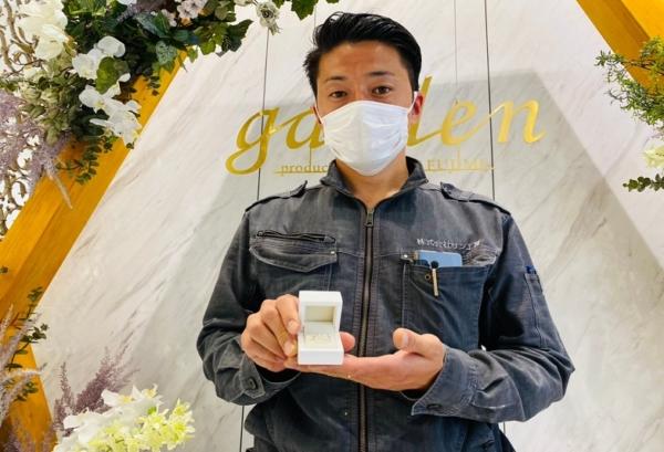京都府宇治市|結婚10周年のプレゼントにミルクアンドストロベリーの指輪をご成約いただきました。