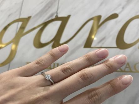 滋賀県・近江八幡市|アンティークなデザインが人気のRosettEで婚約指輪をご成約いただきました