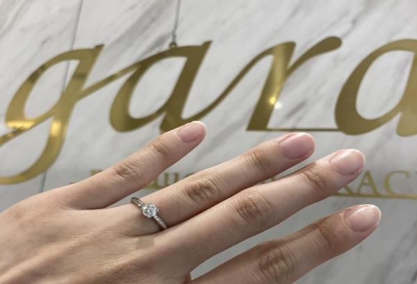 ロゼットの婚約指輪